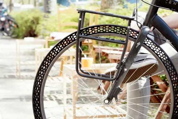 Um 3D Printed Pneu de Bicicleta que não precisa de Ar