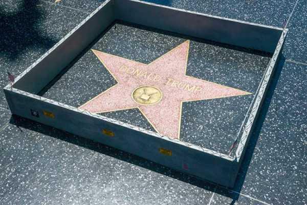 Plastic Jesus e a Estrela de Donald Trump em Hollywood