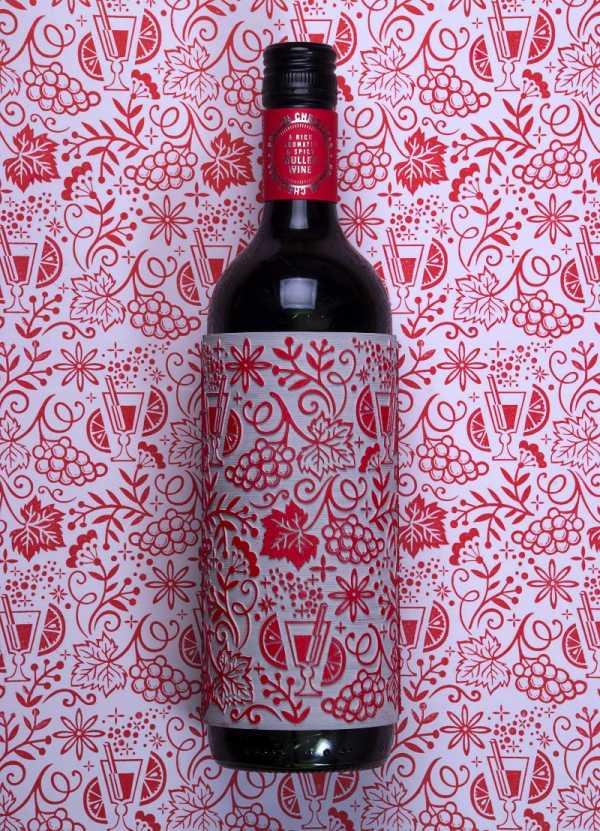 O Presente de Natal Perfeito é a Garrafa de Vinho criada pelo Buddy Creative