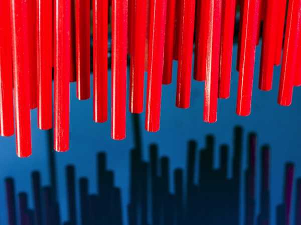 Como Christopher Payne documenta o complexo processo de produção de lápis