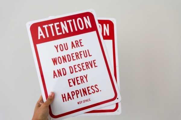 ATTENTION: YOU ARE WONDERFUL – A Arte de April Soetarman no Kickstarter