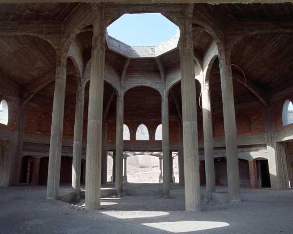Hotéis Abandonados no Sinai na fotografia de Stefanie Zoche