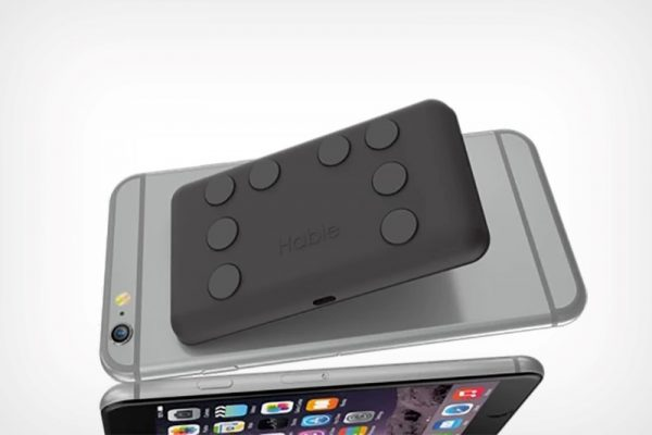 Hable One: Um Teclado em Braille para Smartphones