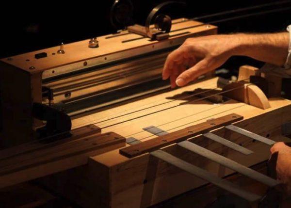 The Apprehension Engine: O instrumento musical mais assustador da história
